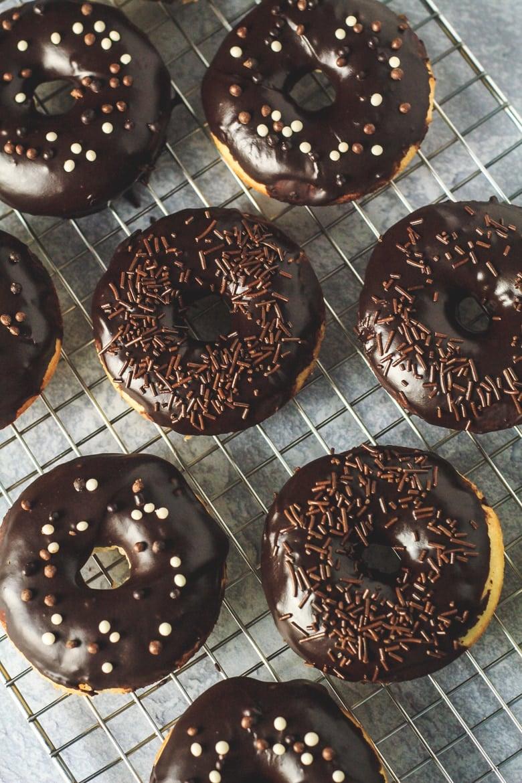 Baked Vanilla Doughnuts