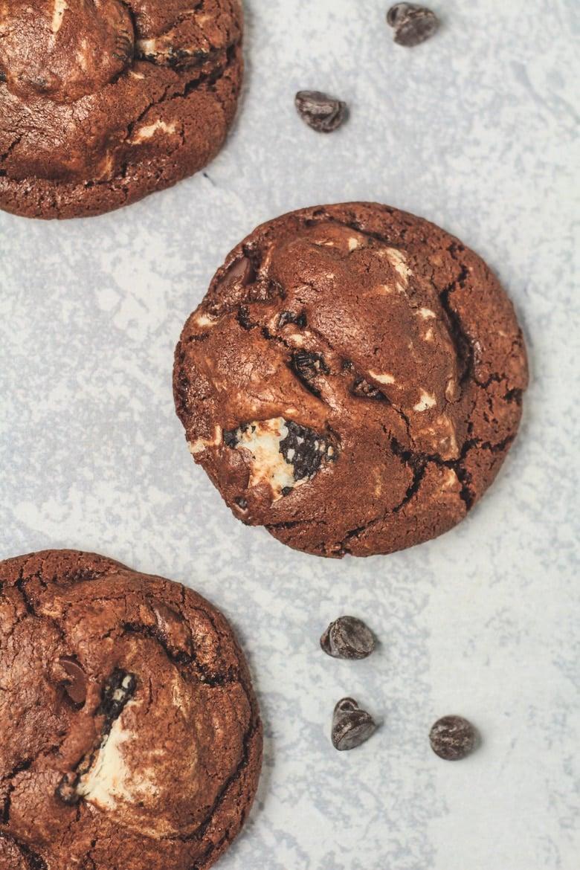 Chocolate Oreo Cookies.
